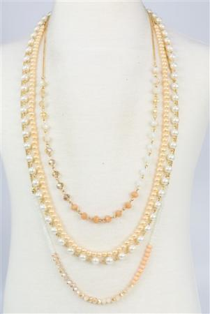 Pearl and Chain Necklace Set