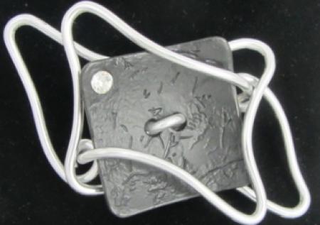 OC Design Artsy – Magnetic Broach